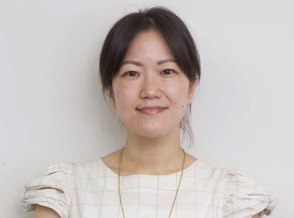 サポートドア行政書士法人スタッフ紹介。業務部 西躰 祐子